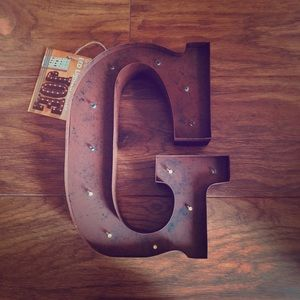 "LED Letter Sign ""G"" | Lone Elm"